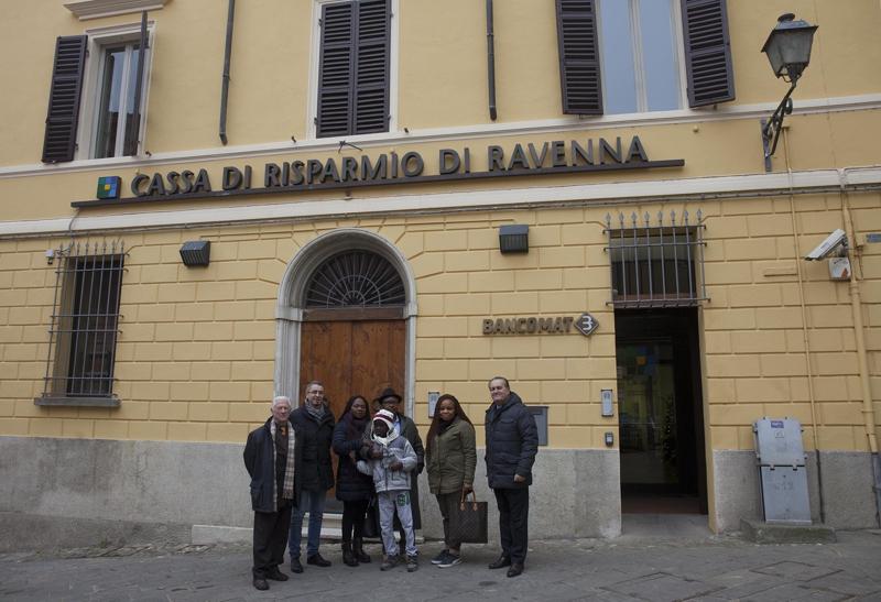 Gruppo cassa di risparmio di ravenna cerimonia di for Vinci una casa